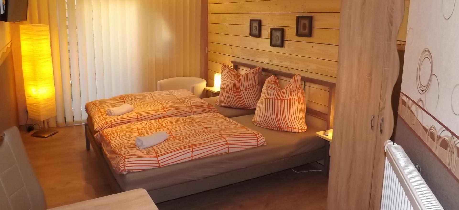 Hotel Pension Haus Oberkassel in Bonn preiswerte Zimmer